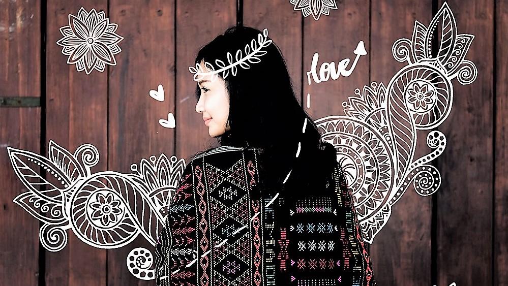 Bawa Aku Tengelam Dalam Larutan Keberagaman Indonesia Indonesia indah dengan kekayaan alam dan budaya Mobile Single Slide