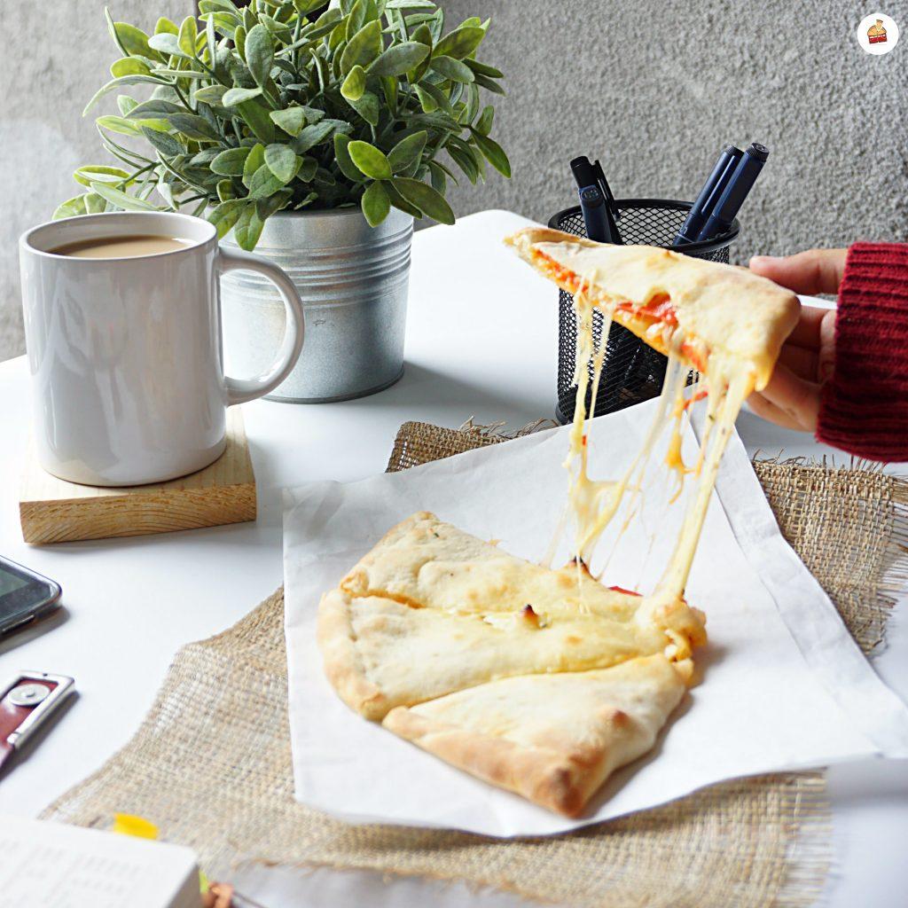 Angkat Dan Molor Kejunya Panties Pizza